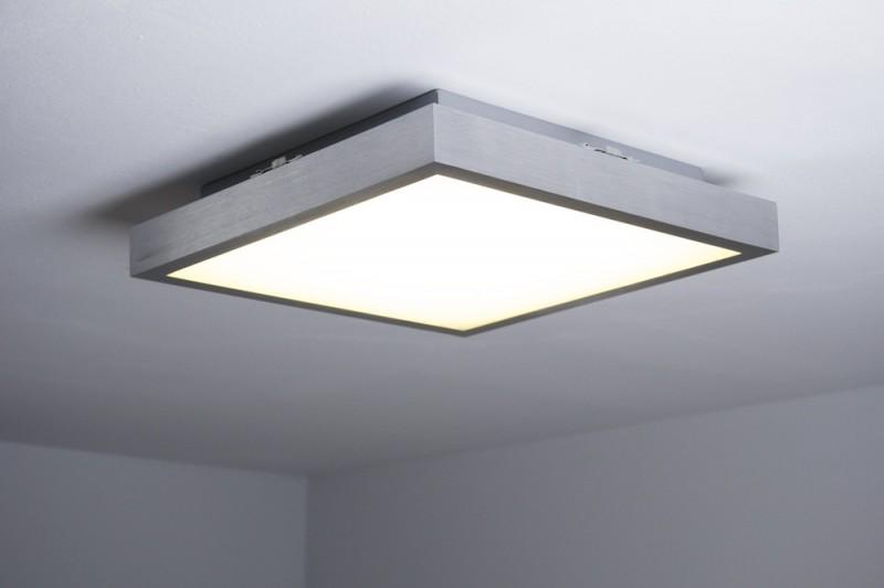 Plafoniera Quadrata Led Soffitto : Forma quadrata metallo cromato e plastica bianca plafoniera led