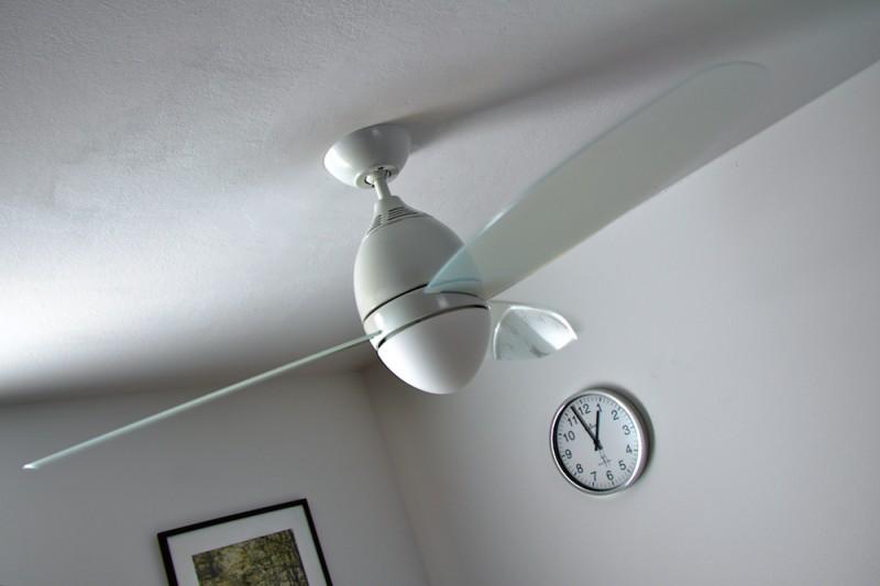 deckenventilator mit licht und fernbedienung ventilator wei deckenlampe lampe ebay. Black Bedroom Furniture Sets. Home Design Ideas