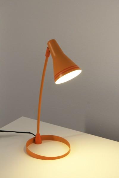 tischleuchte scott orange 673225310 wohnraumleuchten tischlampen modern. Black Bedroom Furniture Sets. Home Design Ideas